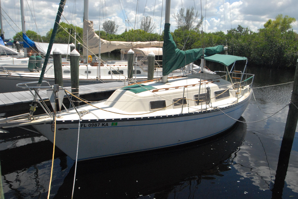 Used Hunter 27 Fixed Keel Sloop Sailboat For Sale