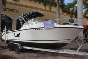 Used Mako 243 Offshore Cuddy Cabin Boat For Sale