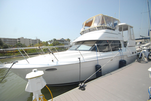 Used Carver Yachts 404 Cruiser Boat For Sale