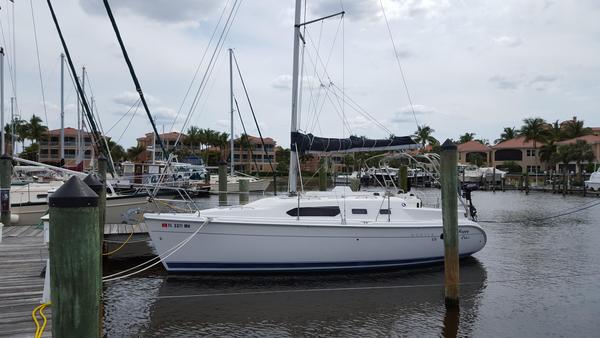 Used Hunter 306 Sloop Sailboat For Sale