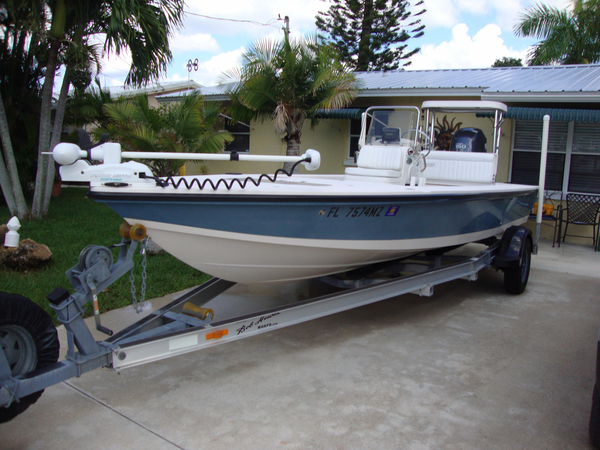 Used Hewes Redfisher 18 Saltwater Fishing Boat For Sale