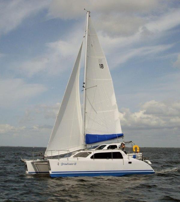 Used Tomcat TC 970 S Catamaran Sailboat For Sale