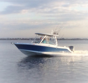 Used Robalo R247 Dual Console Bowrider Boat For Sale