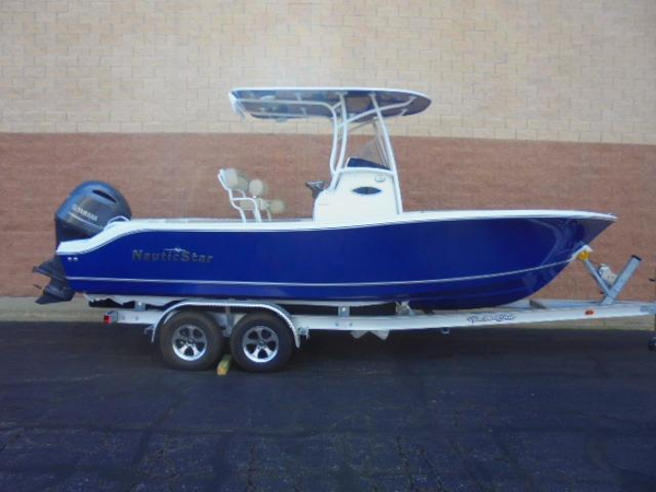 New Nauticstar 22XS Offshore Center Console Fishing Boat For Sale