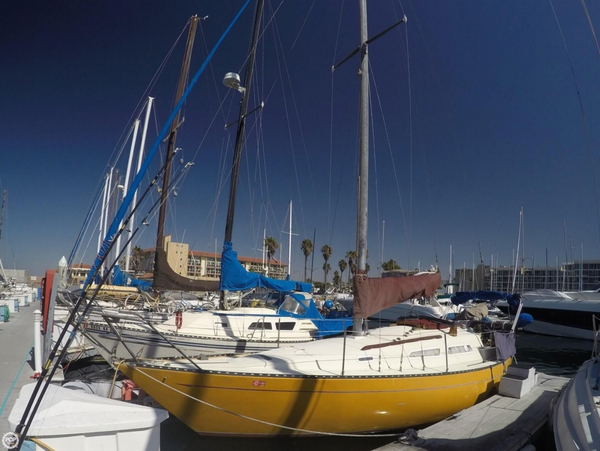 Used Iona 30 Sloop Sailboat For Sale