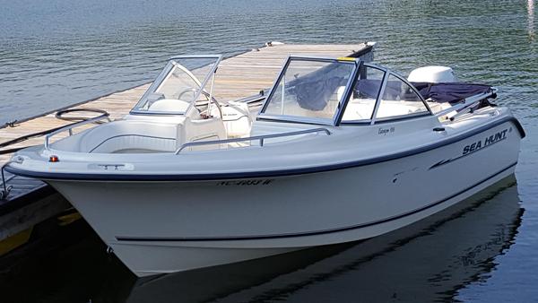Used Sea Hunt 186 Escape Dual Console Boat For Sale
