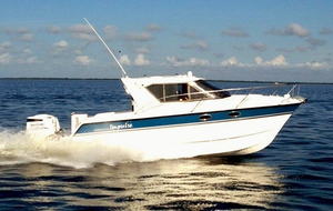 Used Arrowcat 32 RS Express Cruiser Boat For Sale