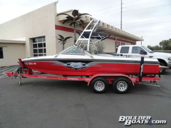 Used Centurion Air Warrior T5 Ski and Wakeboard Boat For Sale