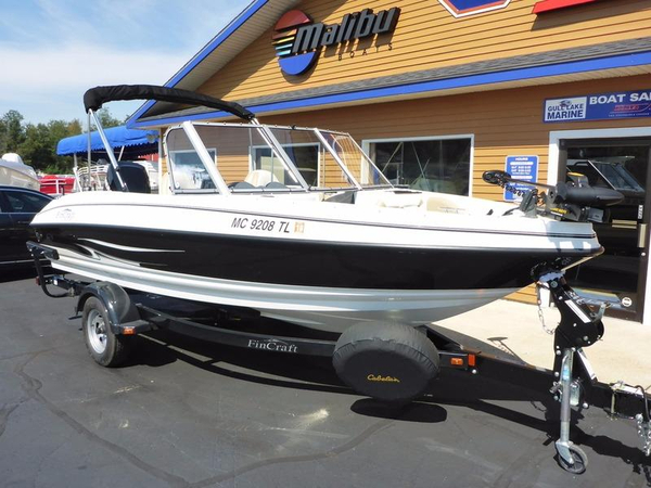 Used Larson 1850DC Bowrider Boat For Sale