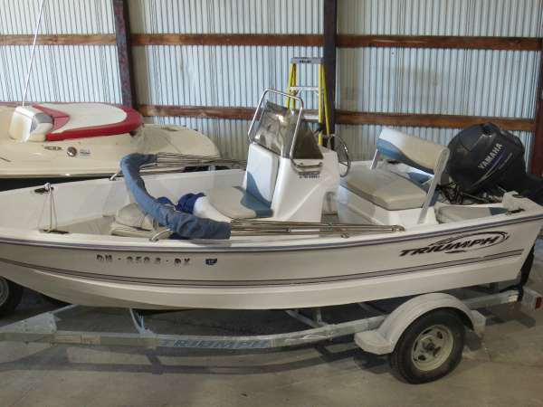 Used Triumph Boats 150 CC Center Console Fishing Boat For Sale