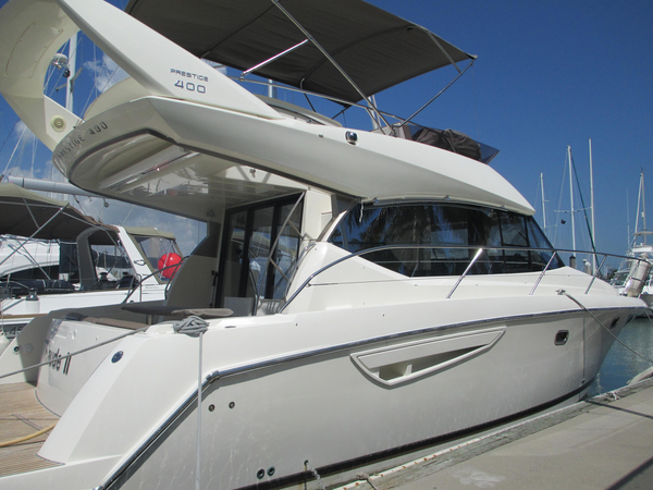 Used Prestige 400 Flybridge Boat For Sale