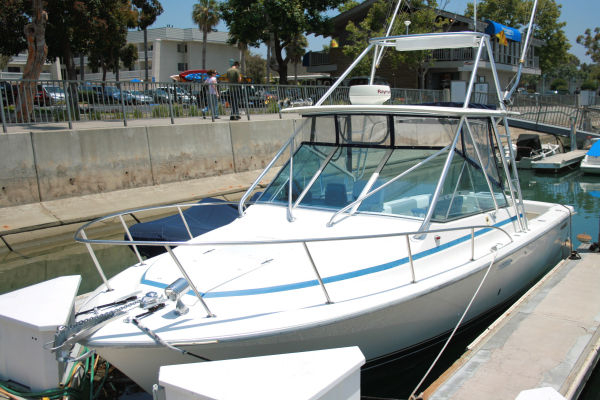 Used Phoenix Express Sportfisher With Tower Express Cruiser Boat For Sale
