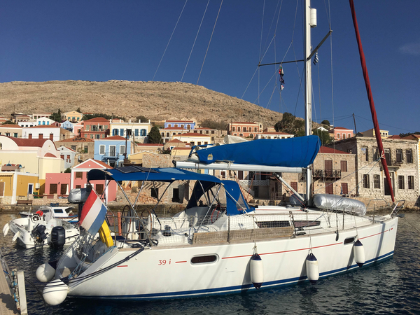 Used Jeanneau Sun Odyssey 39 DS Racer and Cruiser Sailboat For Sale