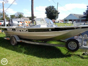 Used Hankos 18 x 5 PV Classic Aluminum Fishing Boat For Sale