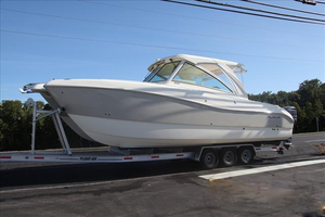 New World Cat Dual Console Boat For Sale