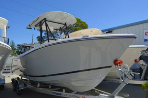 New Cobia Boats 220 CC Center Console Fishing Boat For Sale