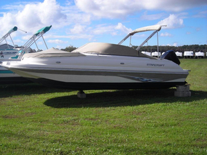 Used Starcraft AURORA 2010 Deck Boat For Sale