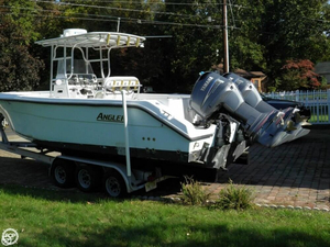 Used Angler 2900 Center Console Fishing Boat For Sale