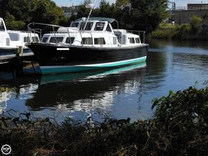 Used Willard 40 Admirals Trawler Boat For Sale