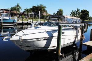 Used Rinker 250 Fiesta Vee Express Cruiser Boat For Sale