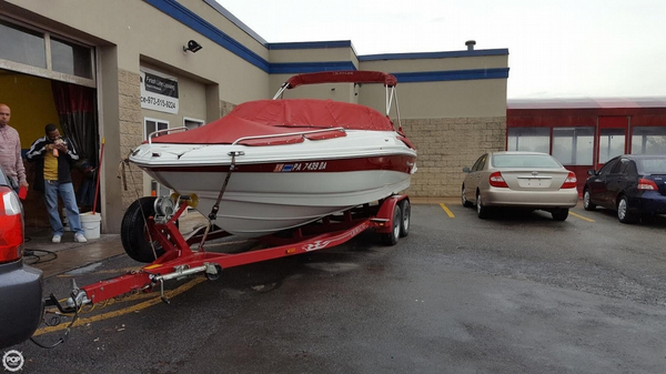 Used Crownline 220 LS Deck Boat For Sale