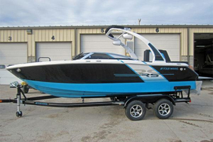 New Four Winns H230RS Runabout Boat For Sale