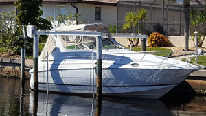 Used Cruisers Yachts 2870 Express Cruiser Boat For Sale