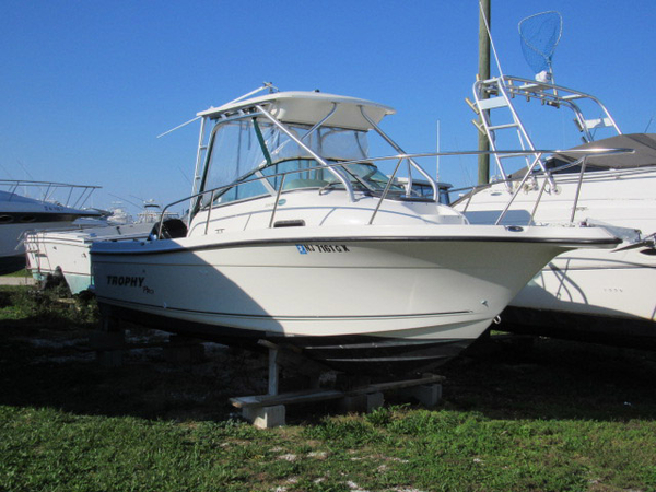 Used Trophy Pro Walkaround Fishing Boat For Sale
