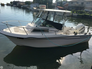 Used Grady-White 204-C Overnighter Walkaround Fishing Boat For Sale