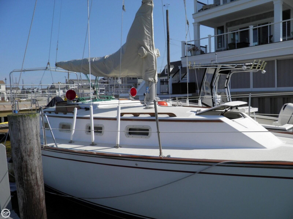 Used Morgan 323 Sloop Sailboat For Sale