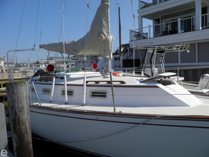 Used Morgan 323 Sloop Sailboat For Sale