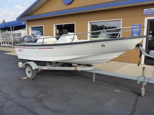 Used Boston Whaler 130 Dauntless Center Console Fishing Boat For Sale