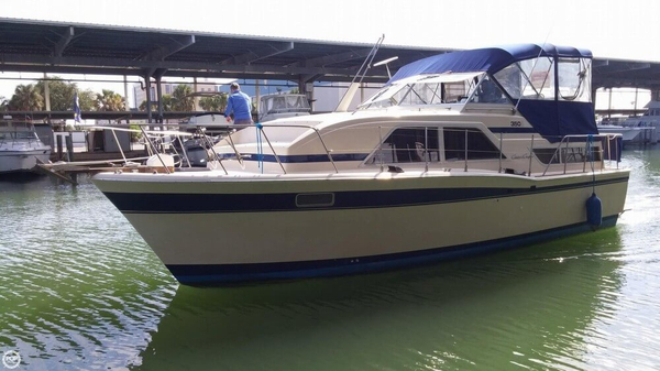 Used Chris-Craft 350 Catalina Aft Cabin Boat For Sale