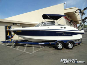 Used Larson LXi 218 Bowrider Boat For Sale