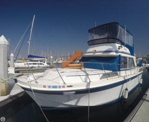 Used Uniflite 36 Double Cabin Motoryacht Cruiser Boat For Sale