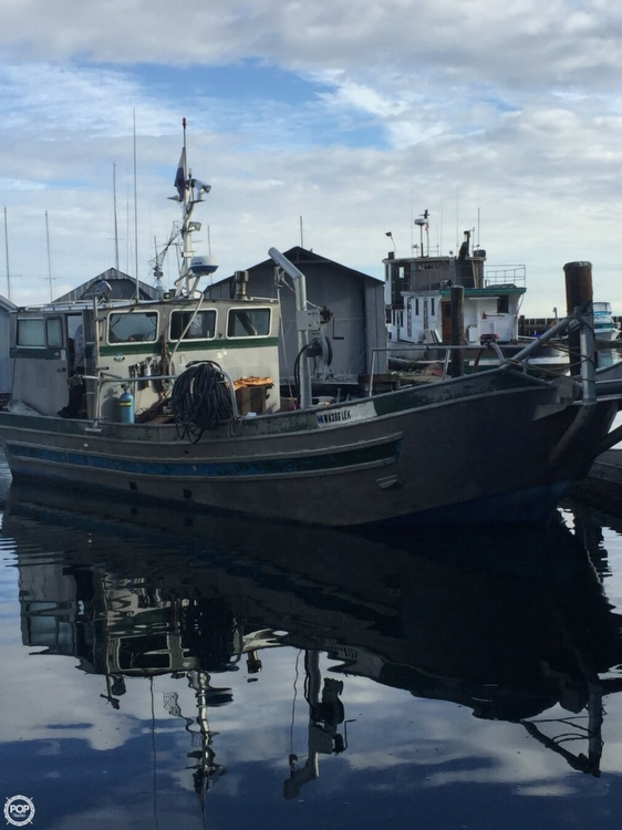 Used Custom 32 Crabber Boat For Sale