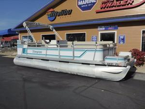 Used Sanpan Executive 22 Pontoon Boat For Sale