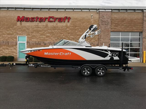 Used Mastercraft X-35 Ski and Wakeboard Boat For Sale