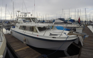 Used Uniflite 27 Cruiser Hard Top Sports Fishing Boat For Sale