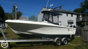 Used Blue Fin PRO FISH 220 Center Console Fishing Boat For Sale