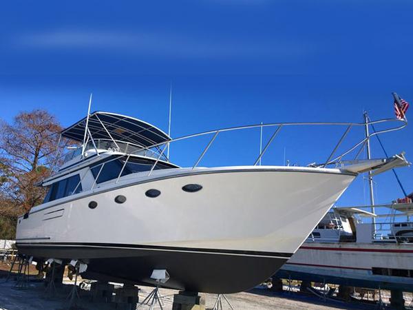 Used Ocean Alexander Sedan Bridge Cruiser Boat For Sale
