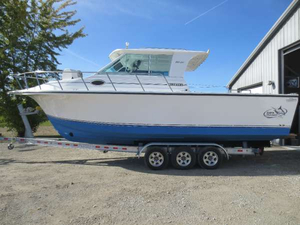 Used Baha Cruisers 300 GLE IB Freshwater Fishing Boat For Sale
