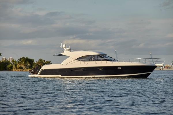 Used Riviera 4700 Sport Yacht Motor Yacht For Sale