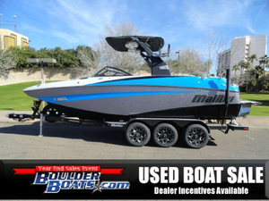 Used Malibu M235 Ski and Wakeboard Boat For Sale