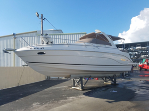 Used Rinker 300 Fiesta Vee Sports Cruiser Boat For Sale
