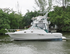 Used Pro Line Express Sports Fishing Boat For Sale