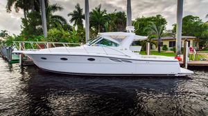 Used Tiara 3500 Open Diesel Express Cruiser Boat For Sale