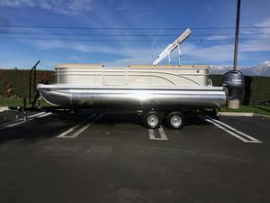 New Bennington 24 SLX Pontoon Boat For Sale