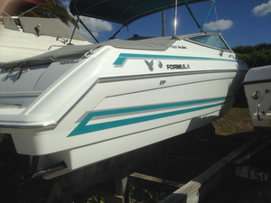 Used Formula 280 SS Sports Cruiser Boat For Sale