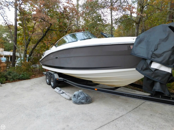 Used Sea Ray 270 SLX Bowrider Boat For Sale